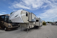 2018 Coachmen Chaparral 295BHS