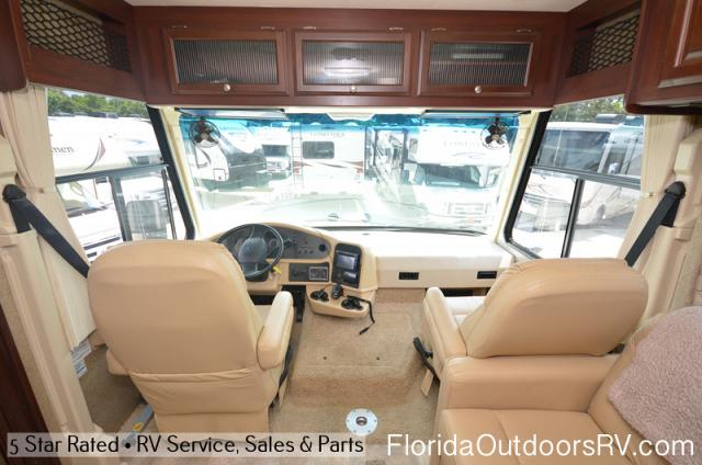 2012 Thor Motor Coach Daybreak 34KD
