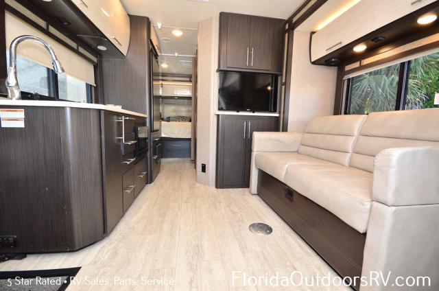 2017 Thor Motor Coach Gemini 24TX