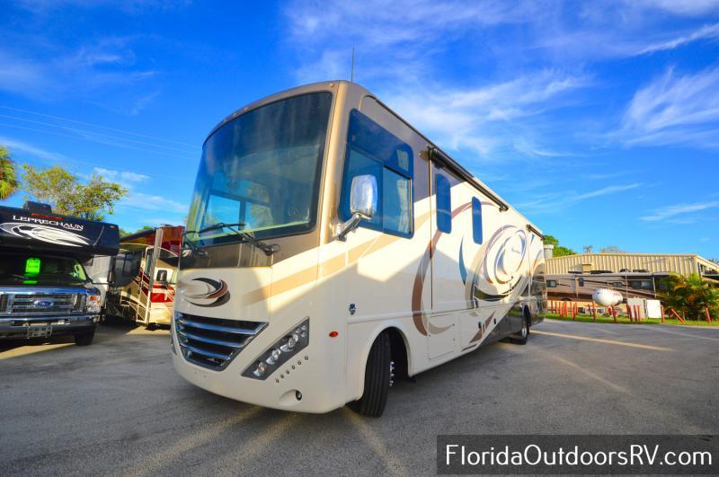 2018 Thor Motor Coach Hurricane 34P