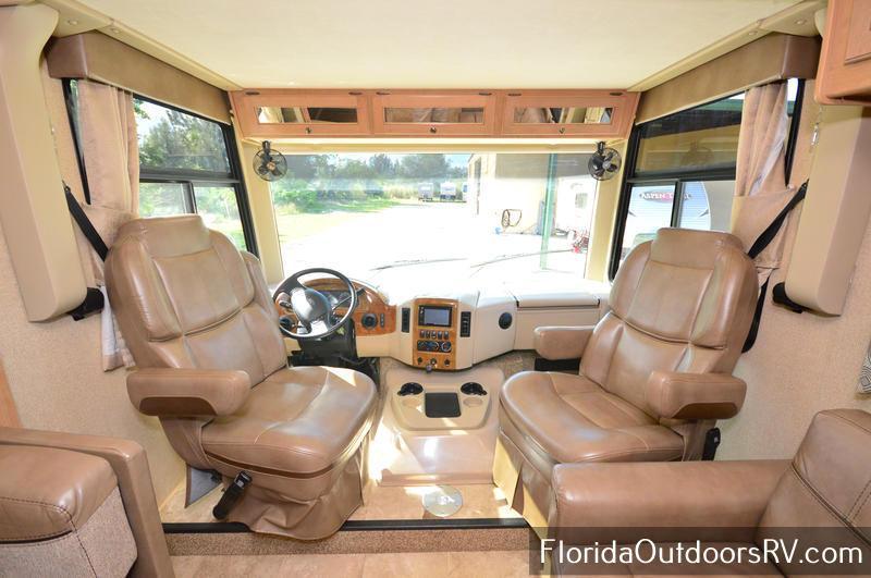 2017 Thor Motor Coach Windsport 34J